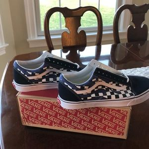 OLD SKOOL Checker Flame NavyTrue NWT